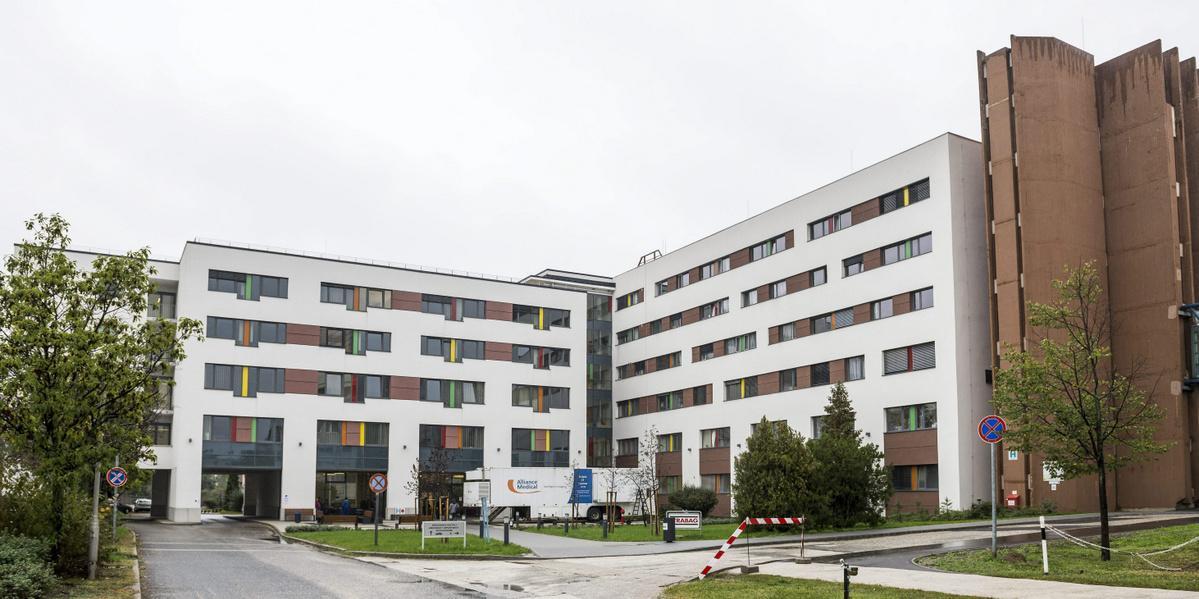 Látogatási tilalom a Szent Borbála Kórházban